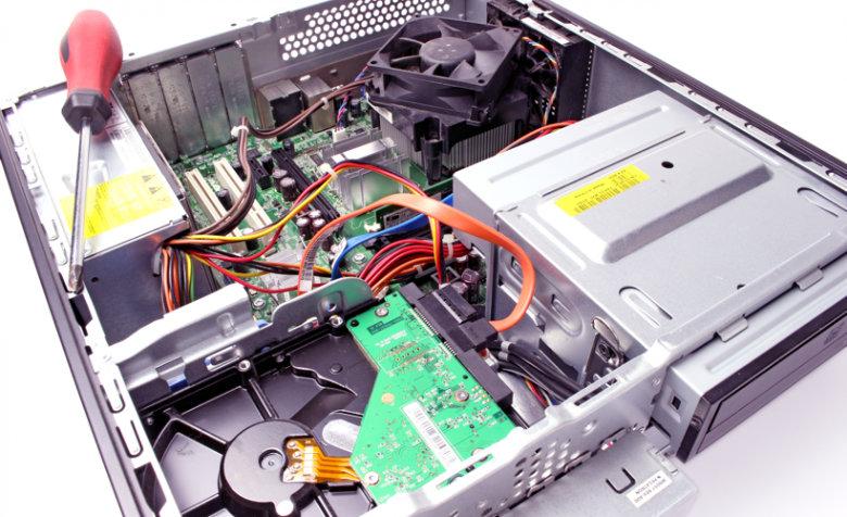 電源ユニットはPCケースの上部・下部どちらに取り付ければいいの?